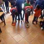 Juego de niños en la actividad en la Albufera de Ambientalys